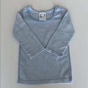 Uniqlo 3T 100% cotton long sleeved t-shirt